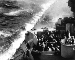 Japanese 'kamikaze' attacking battleship Missouri.