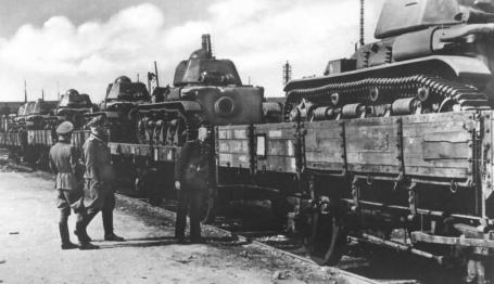 Renault R35 tanks being transported by train.