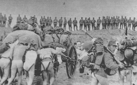Japanese troops landing at Jinshanwei on the coast of Hangzhou Bay near Shanghai.
