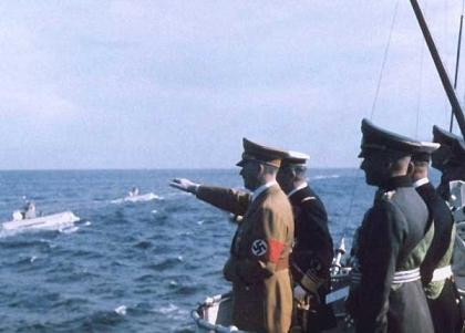Miklós Horthy and Hitler observing Kriegsmarine U-Boats.